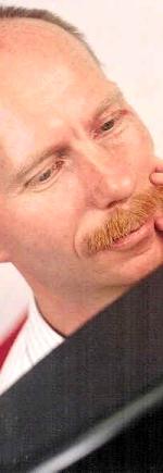 Dr. Peter Nikken