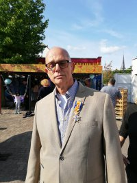 Dirk den Hollander koninklijk onderscheiden