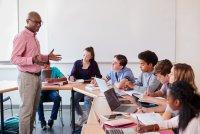 Zomerspecial onderwijs: gratis whitepapers en boekentips